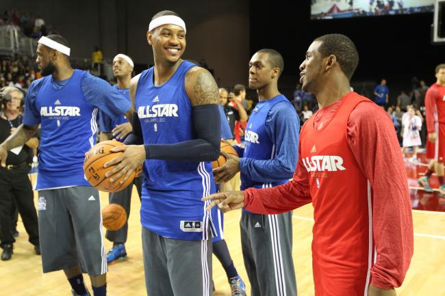 hi-res-139817575-carmelo-anthony-of-the-new-york-knicks-talks-with-chris_crop_exact